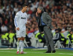 Ronaldo-vs-José-Mohuriño-580x450