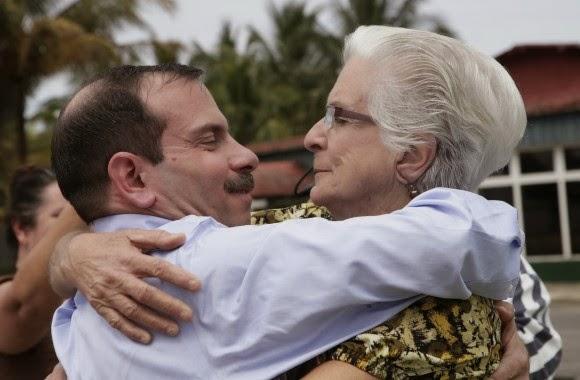 Aunque no tiene hijos. Fernando sentirá el amor de su madre Magalis y de todos los cubanos
