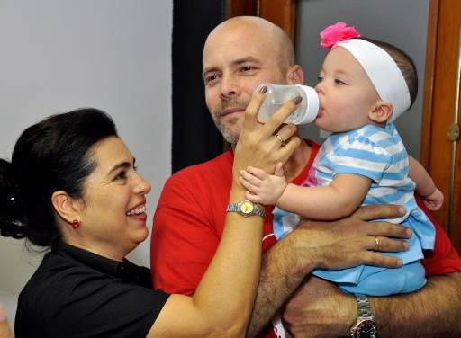 Gema y sus padres Gerardo y Adriana