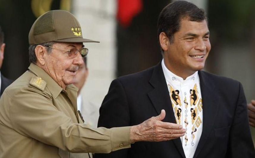 Raúl Castro y Rafael Correa