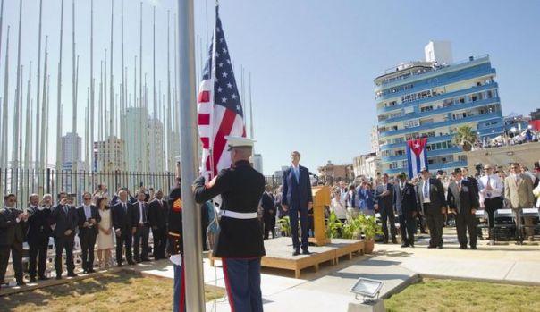 Izan-bandera-EEUU-Cuba_4729403